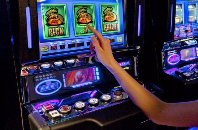 Играть в лучшие игровые машины Вулкан на реальные деньги