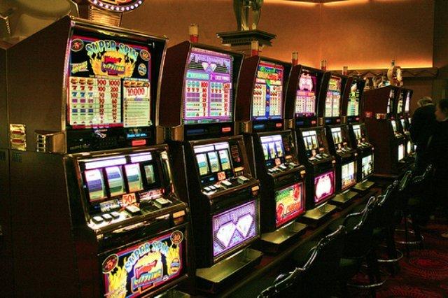 Игровые автоматы онлайн — а что если повезет тебе?