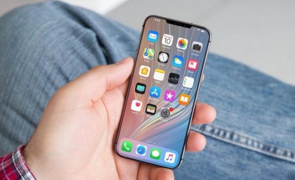 Apple может выпустить компактный смартфон iPhone XE