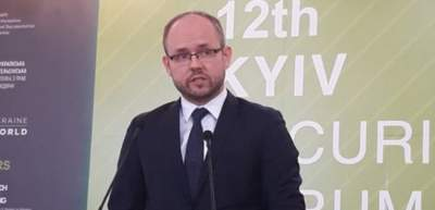 В МИД Польши решили отменить роуминг для украинцев