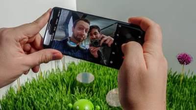 Обновление для смартфонов Samsung нарушило работу их фронтальной камеры
