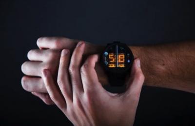 Украинский стартап создал оригинальные наручные часы