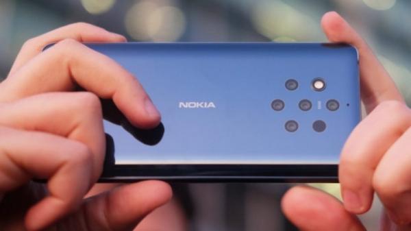 Nokia 9 можно разблокировать жвачкой и носом