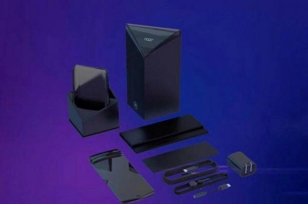 Новые рендеры Motorola Razr показали нестандартные характеристики смартфона