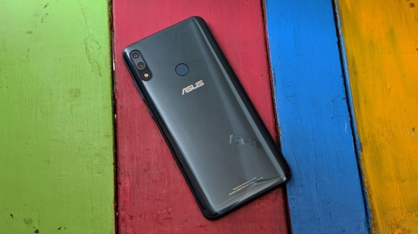 Asus ZenFone Max Pro M2 обновляется до Android Pie