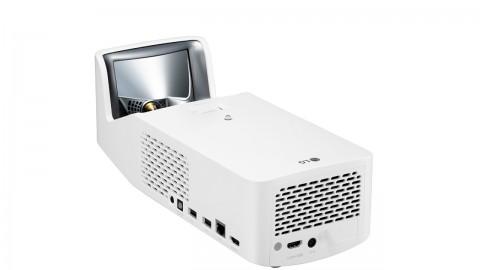 LG представила в России светодиодные проекторы с функцией Smart TV