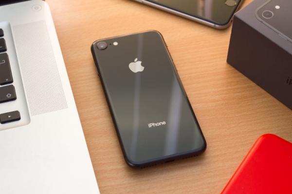 Слух: Apple готовит преемника iPhone 8 с 4.7-дюймовым экраном, чипом A13 и ценником в $650