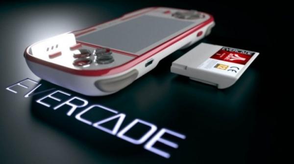 Evercade – недорогая портативная ретро-консоль со сменными картриджами