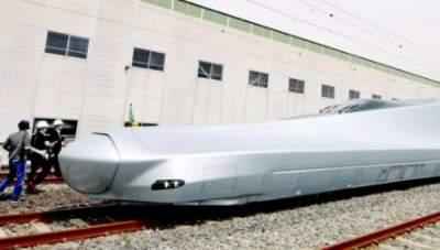 В Японии запускают суперскоростной поезд