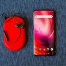 Китайцы массово покупают OnePlus 7 Pro, продавая свои Galaxy S10