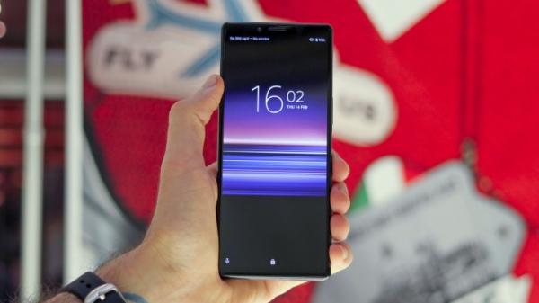 Sony готовит гибкий 5G-смартфон Xperia F