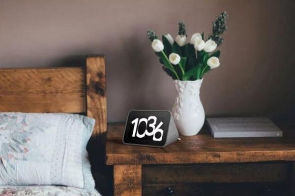 Lenovo выпустил умный будильник с Google Assistant