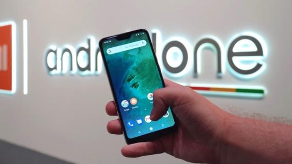 Xiaomi Mi A2 Lite с «чистой» Android Pie за 9000 рублей в России