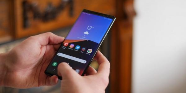 Galaxy Note 10 будет иметь «агрессивно изогнутый» дисплей