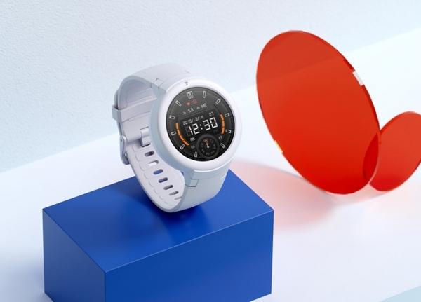 Amazfit Verge Lite: смарт-часы с 1.3-дюймовым AMOLED-дисплеем, автономность до 20 дней и ценником в $72