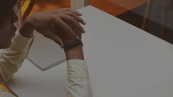 Фитнес-браслет Xiaomi Mi Band 4 получил в Европе другое название — Mi Smart Band 4