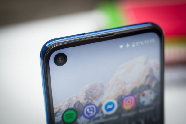 Инсайдер: Xiaomi Mi A3 получит вырез в экране, тройную камеру и процессор Snapdragon 712