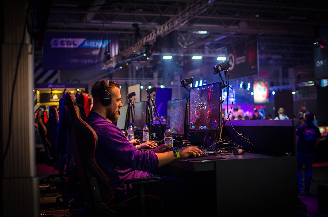 Игровые кресла для геймеров на страже здоровья