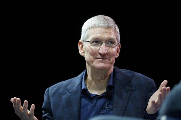 Торговая война США с Китаем вряд ли приведет к росту цен на продукцию Apple — Тим Кук