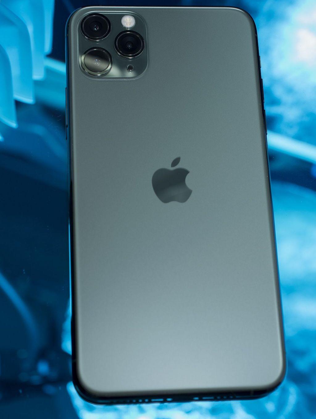 Защитные стекла и пленки для iPhone 11 Pro