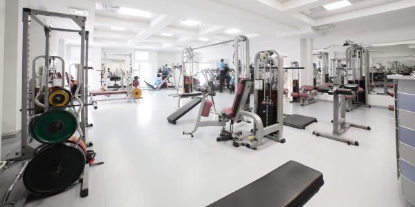 Осуществляйте поиск лучших фитнес-центров на сайте handshaker.by